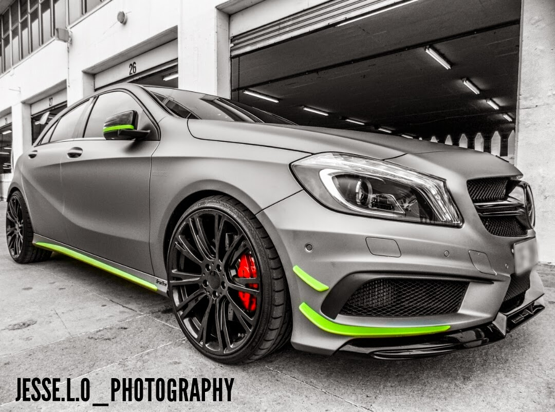matte grey mercedes benz a45 amg looks brilliant with. Black Bedroom Furniture Sets. Home Design Ideas