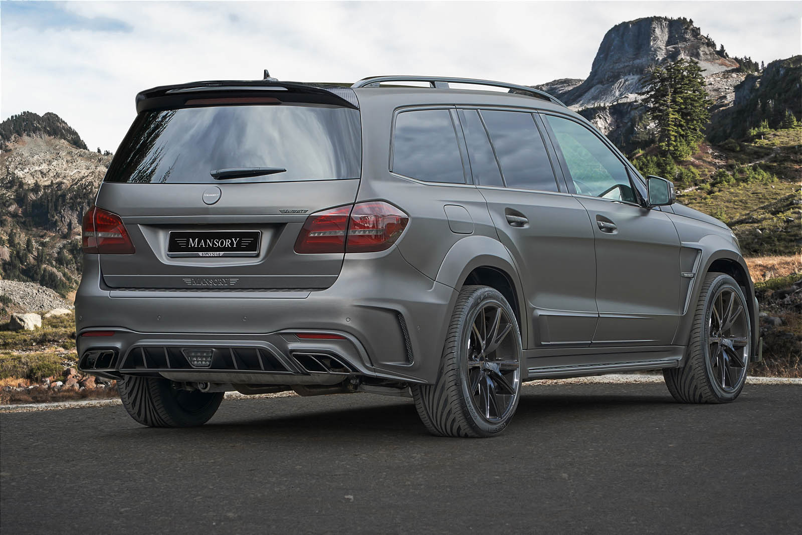 Does Mercedes Benz Gls Have An Amg Package
