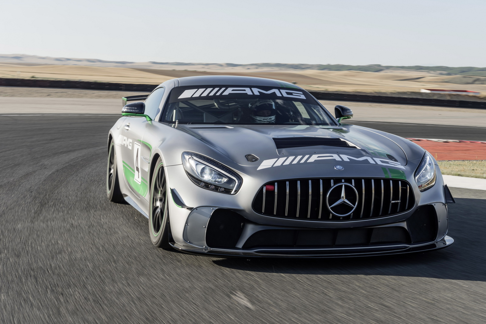 mercedes amg gt4 revealed ready to rip up the track. Black Bedroom Furniture Sets. Home Design Ideas