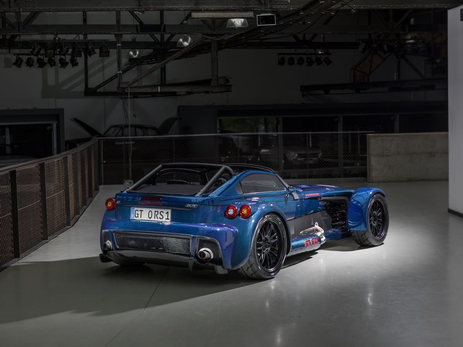 First Donkervoort D8 GTO RS Bare Naked Carbon Edition Is