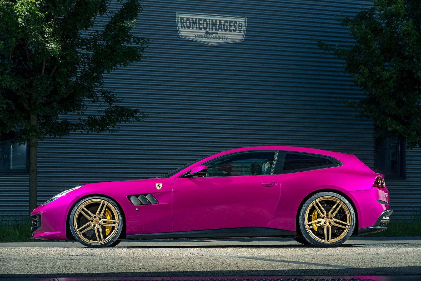 Pink Ferrari Gtc4lusso Goes Against Ferrari Brand Rule