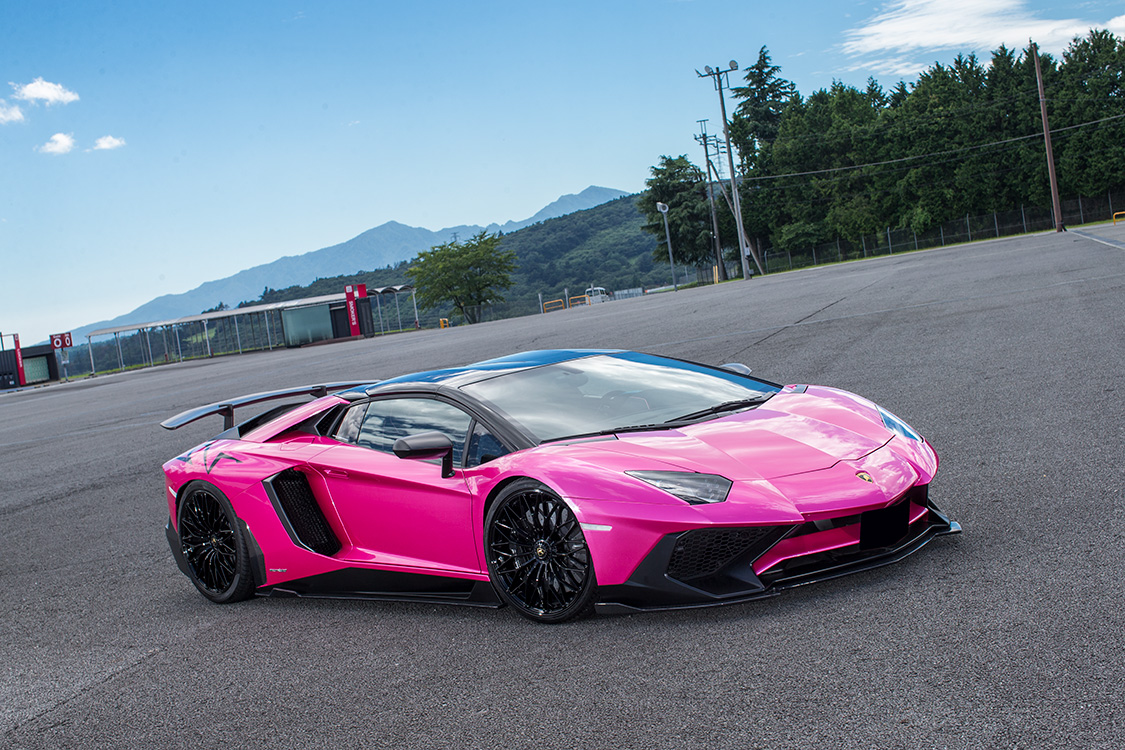 Liberty Walk Are Known For Their Extravagant Wide Body Creations And  Although This Lamborghini Aventador SV Does Not Have The Full Liberty Walk  Treatment, ...