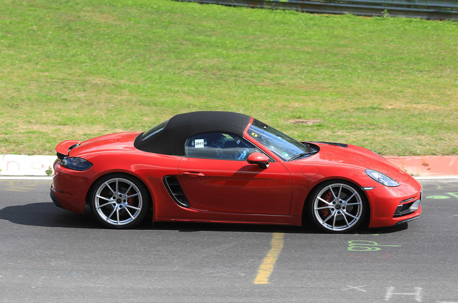 porsche 718 cayman gts and boxster gts coming this year. Black Bedroom Furniture Sets. Home Design Ideas