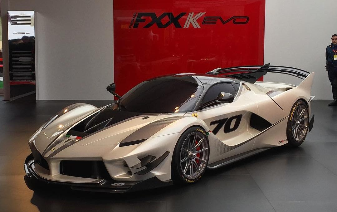 angry ferrari fxx k evo is official with 23 percent more downforce. Black Bedroom Furniture Sets. Home Design Ideas