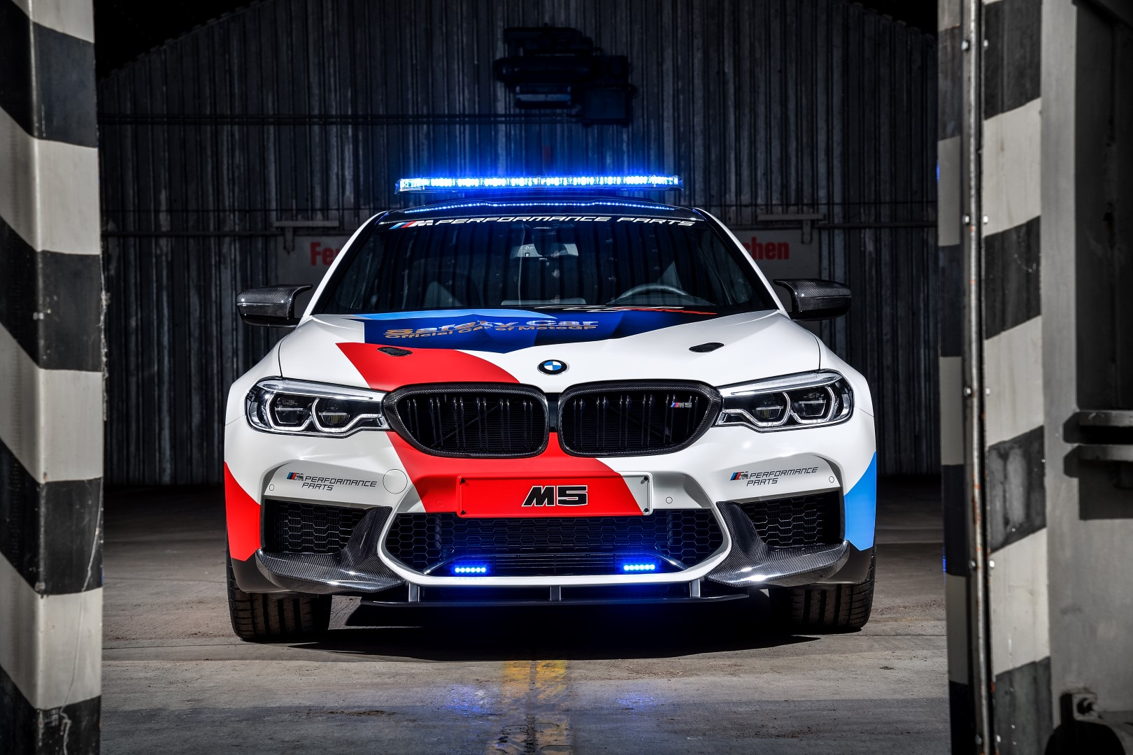 Bmw M8 Le Mans >> BMW Show Off New M5 With M Performance Parts As MotoGP Safety Car
