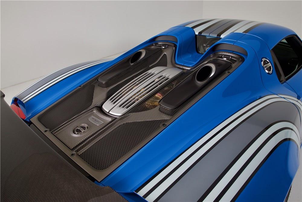 the only voodoo blue porsche 918 spyder heading to auction. Black Bedroom Furniture Sets. Home Design Ideas
