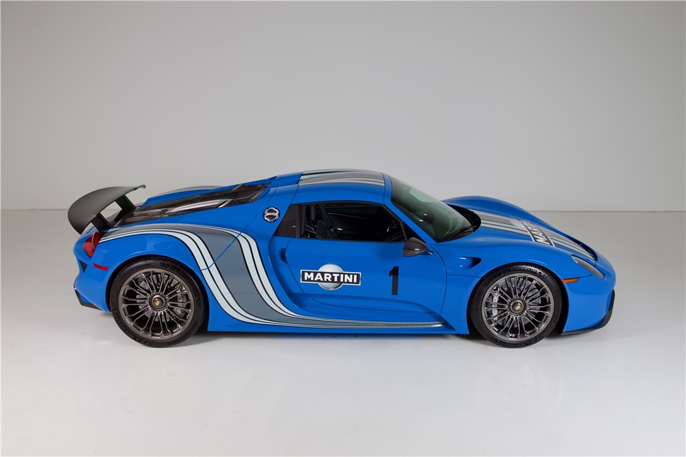 How Much Does It Cost To Paint A Car >> The Only Voodoo Blue Porsche 918 Spyder Heading To Auction