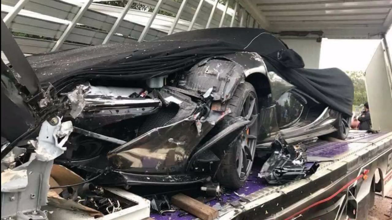 Mclaren P1 Damaged In Cambodia After Truck Carrier Crashes