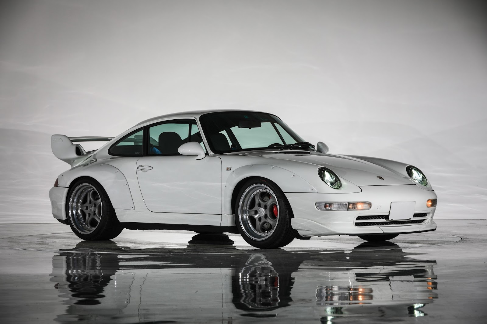 this 1996 porsche 911 gt2 could sell for r20 million. Black Bedroom Furniture Sets. Home Design Ideas