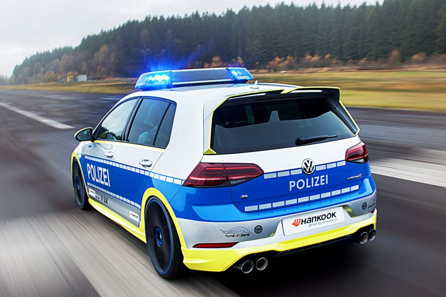 Rock Chip Repair >> Oettinger VW Golf 400R Police Car Looks Epic