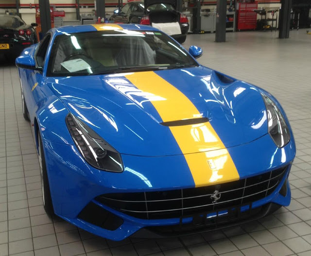 Photo Ferrari F12 Gets French Racing Blue Paintjob With