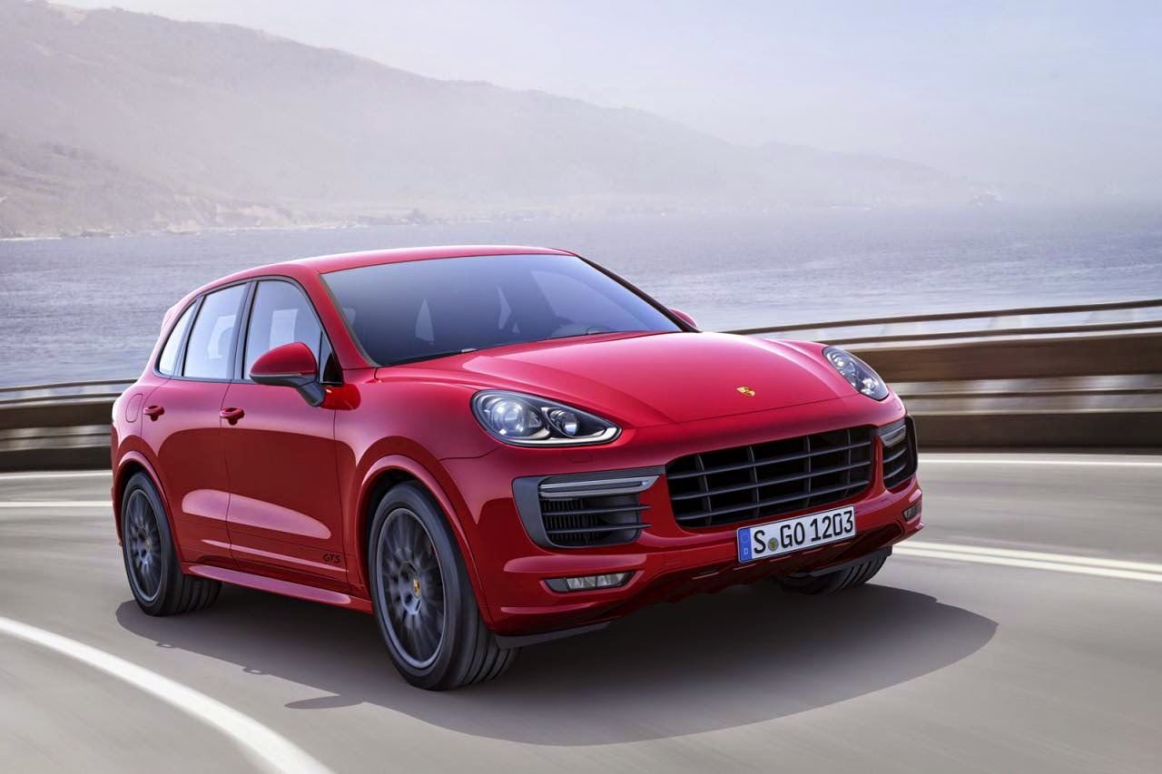 the 2015 porsche cayenne gts revealed. Black Bedroom Furniture Sets. Home Design Ideas