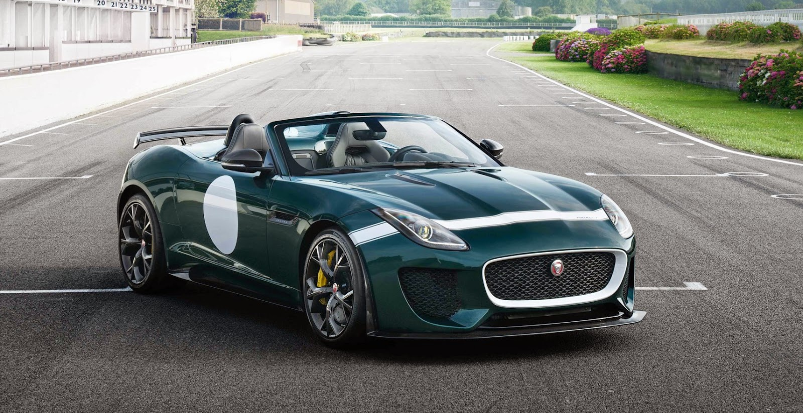 two jaguar f type project 7 39 s coming to south africa early next year. Black Bedroom Furniture Sets. Home Design Ideas