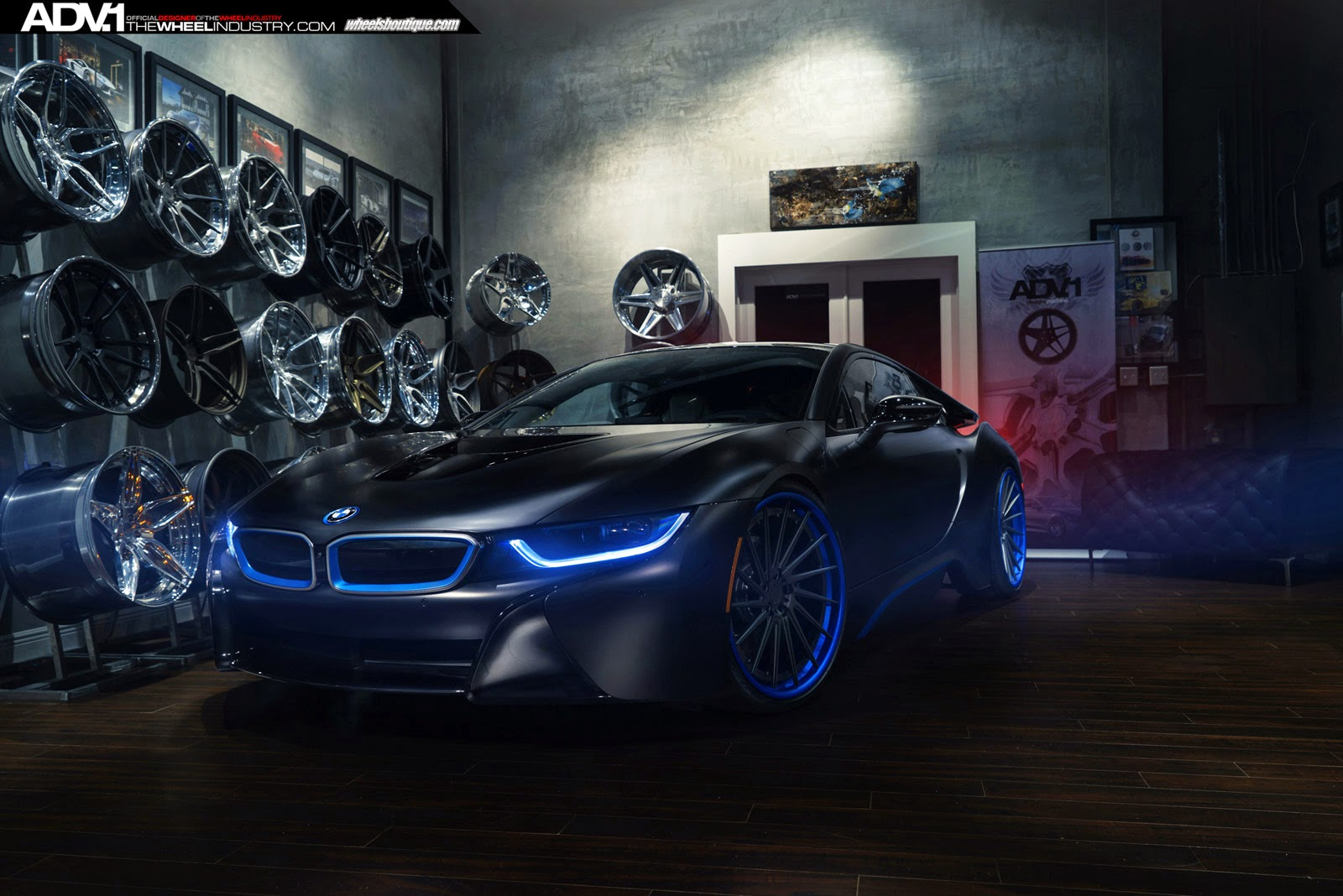 bmw i8 looks sinister with directional adv 1 wheels. Black Bedroom Furniture Sets. Home Design Ideas