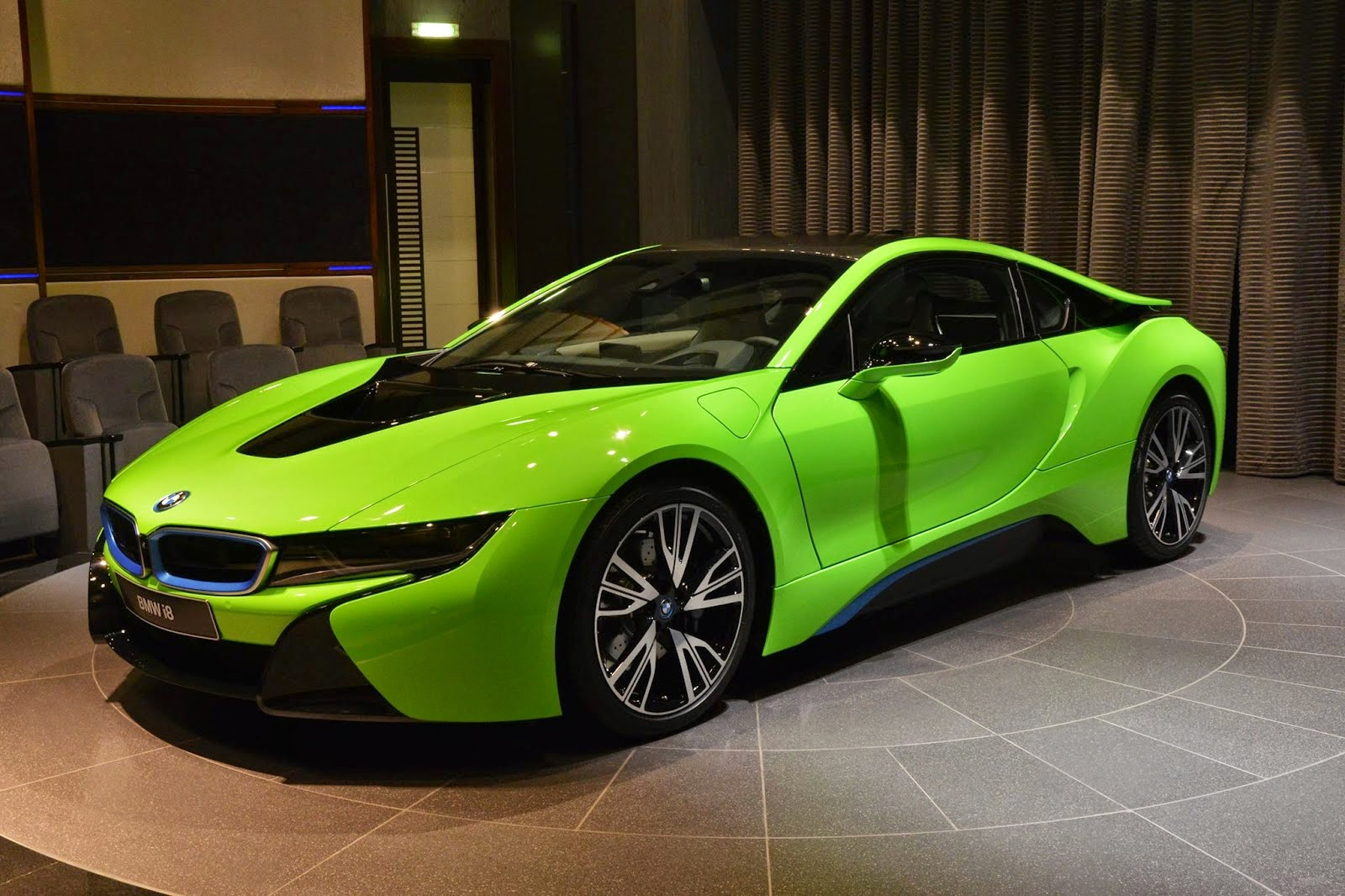 Bmw I8 In Lime Green Looks Brilliant