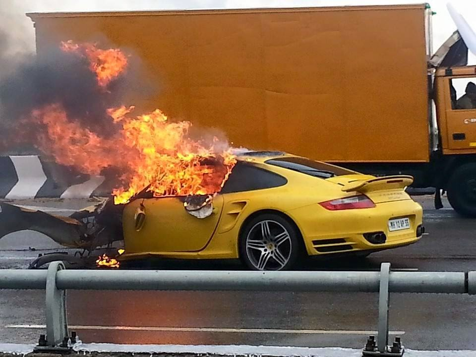 Police Cars For Sale >> Yellow Porsche 997 Turbo Burnt To Crisp After High Speed ...
