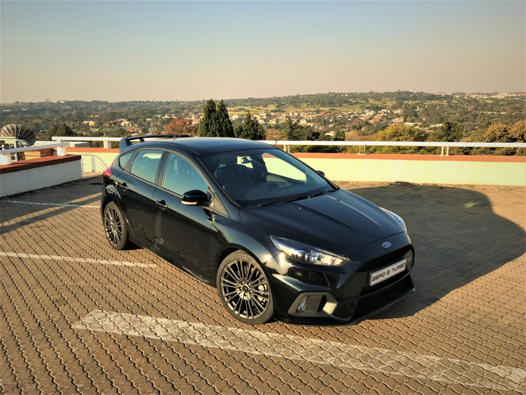 driven ford focus rs. Black Bedroom Furniture Sets. Home Design Ideas