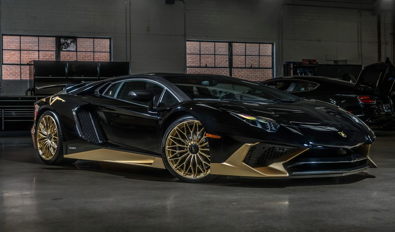 Aston Martin Beverly Hills >> Last Lamborghini Aventador SV Coupe Delivered To Beverly ...