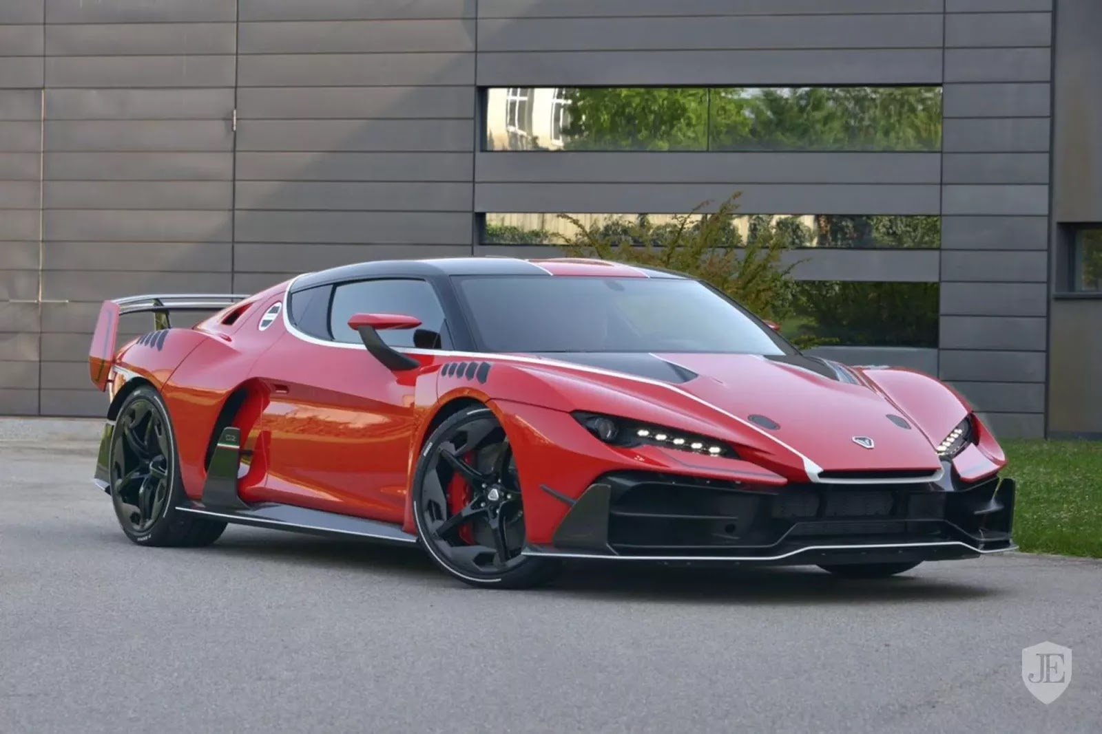 1 Of The 5 Italdesign Zerouno S Is Already Up For Sale