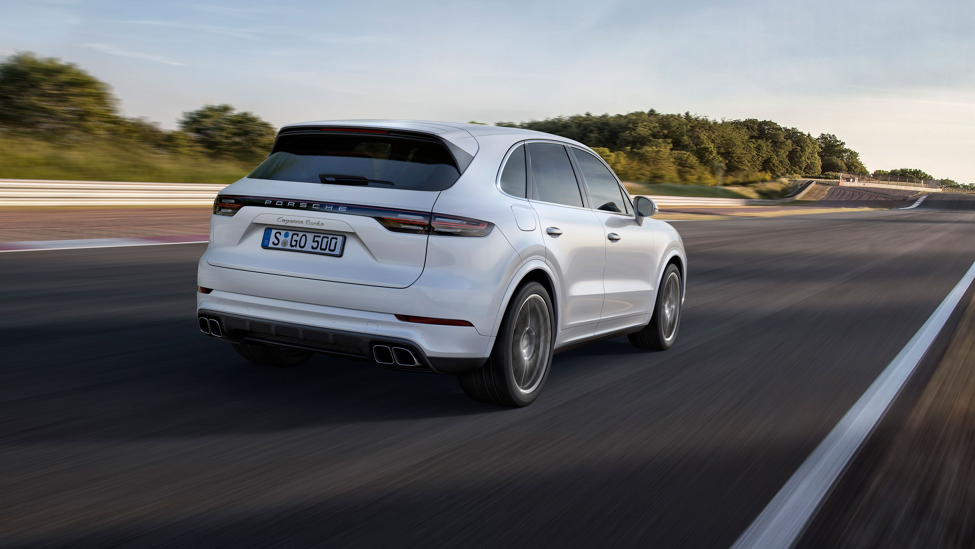 new porsche cayenne turbo unveiled with active aero and 542 hp. Black Bedroom Furniture Sets. Home Design Ideas