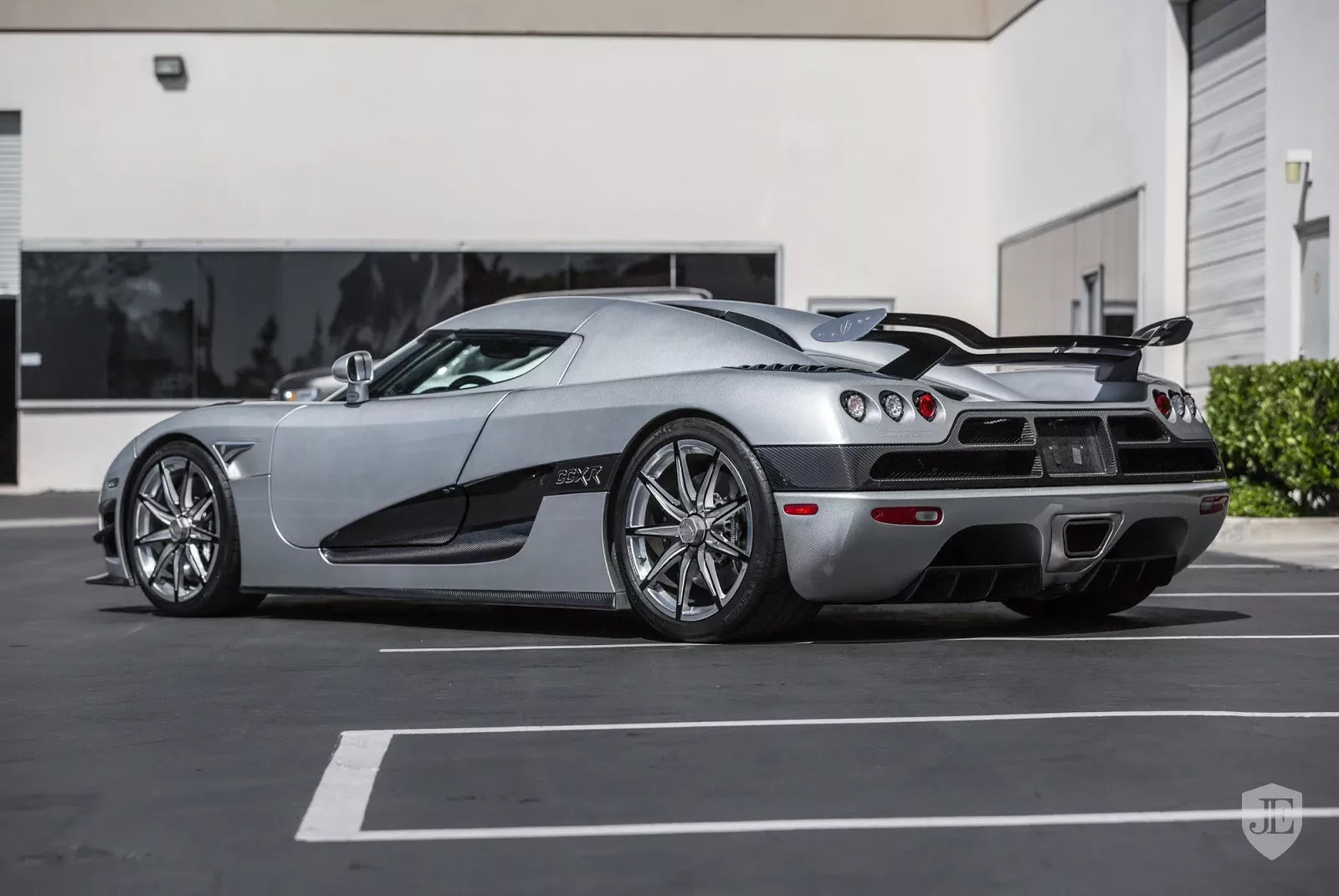 koenigsegg ccxr trevita owned by mayweather up for sale again. Black Bedroom Furniture Sets. Home Design Ideas
