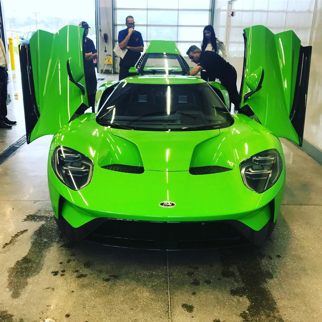 2018: 2018 Ford GT Verde Mantis Paint Job Is Quite Something