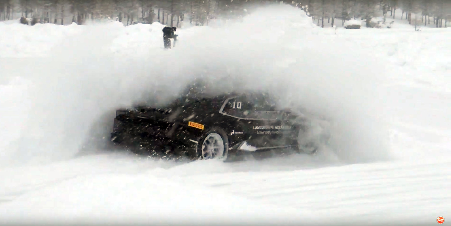 Watch Lamborghini S Smashing Into Snow Banks And Getting Stuck