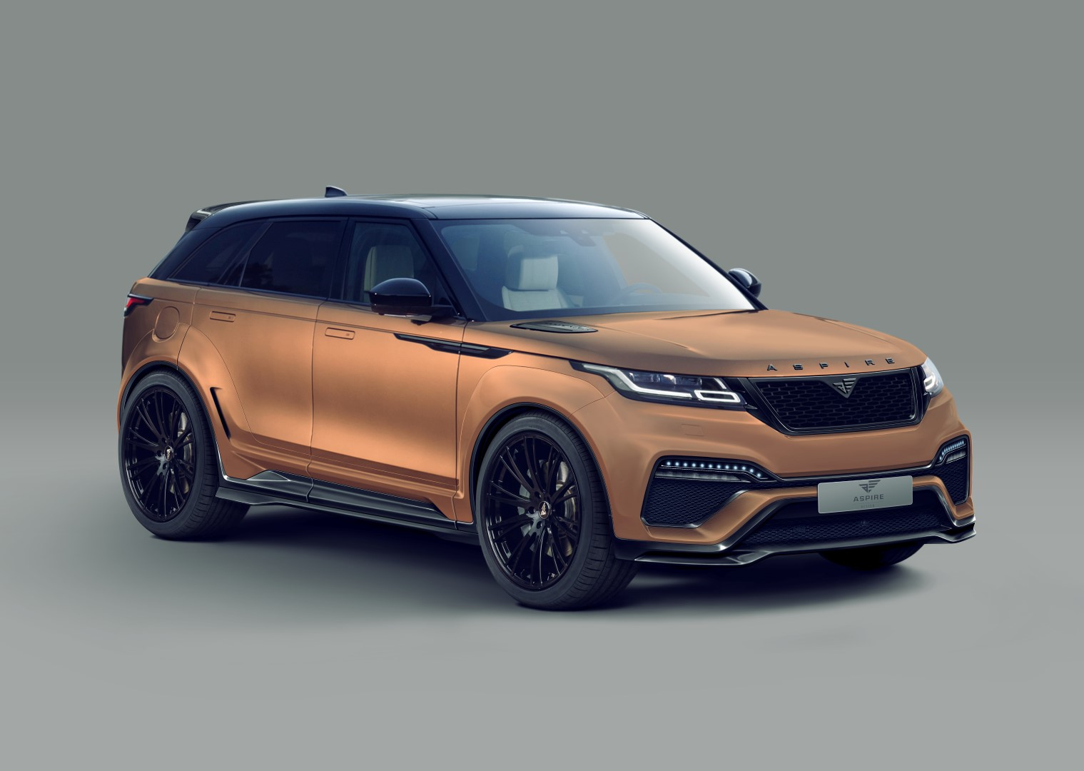 wide body range rover velar thanks to aspire design. Black Bedroom Furniture Sets. Home Design Ideas