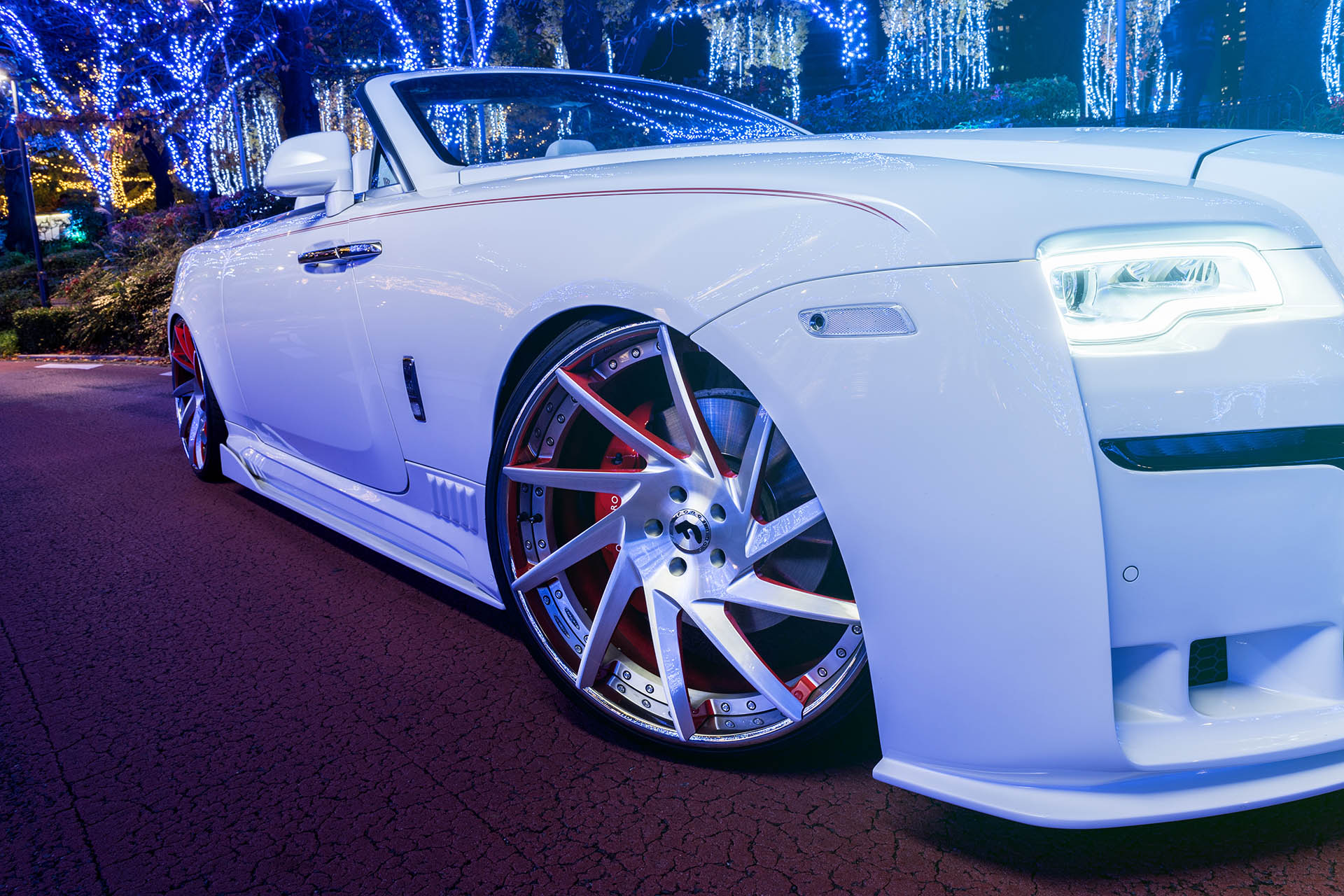 Slammed Rolls Royce Dawn Makes Quite The Statement