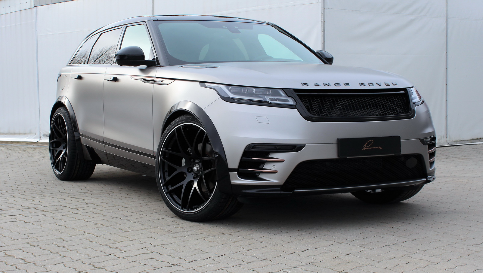 New Land Rover 2019 >> Subtle Range Rover Velar Tuning By Lumma Design