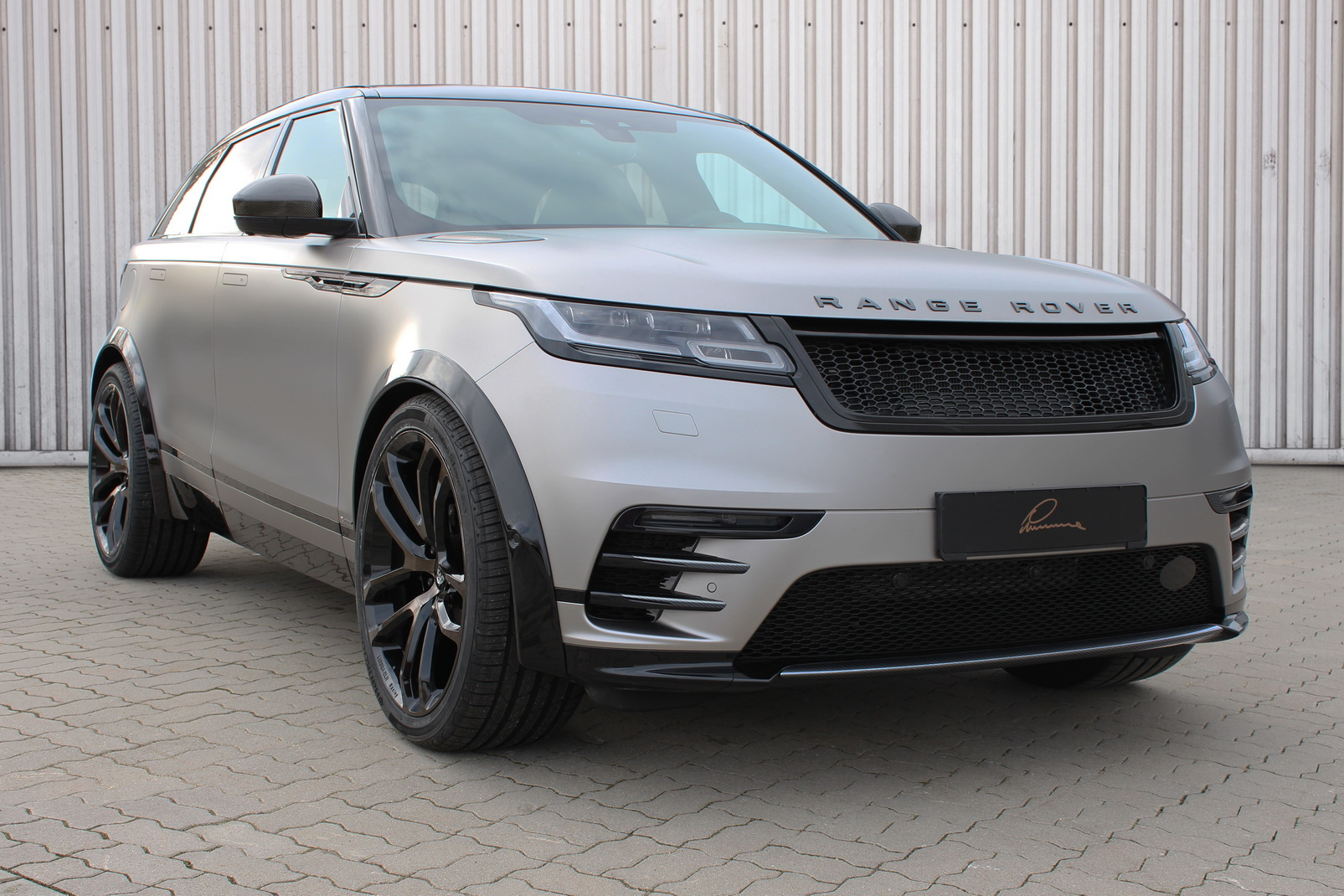 Range Rover Sport For Sale >> Subtle Range Rover Velar Tuning By Lumma Design