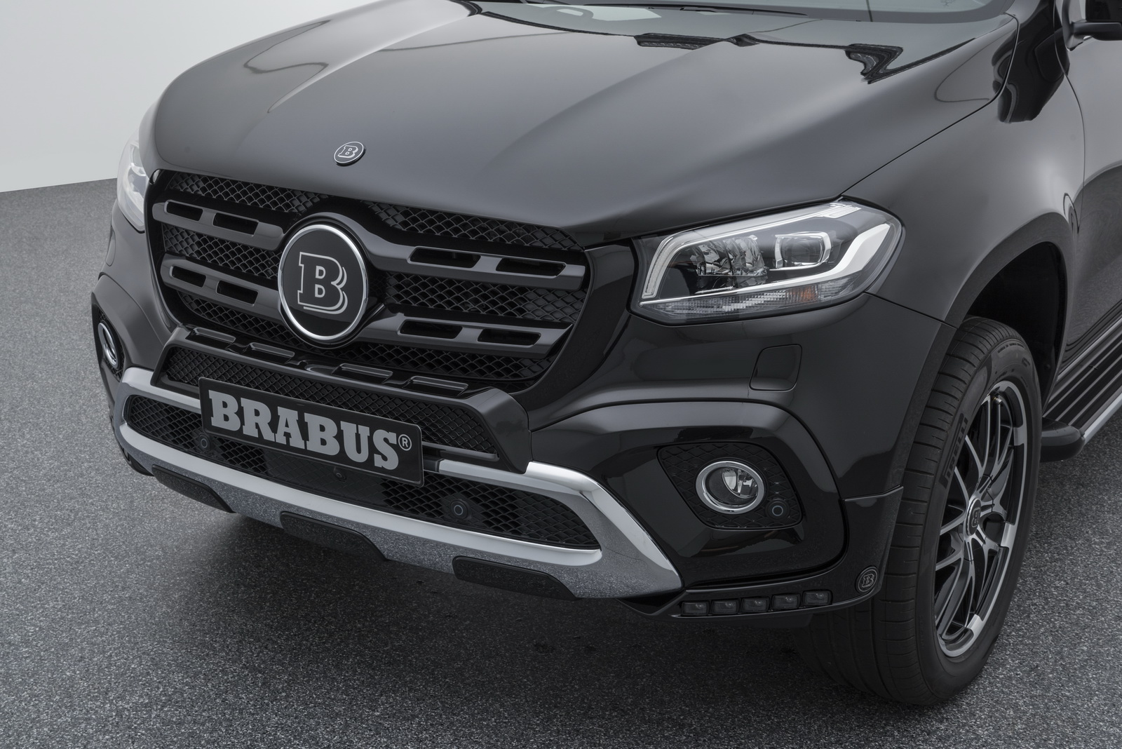 brabus gives mercedes benz x class some more power and. Black Bedroom Furniture Sets. Home Design Ideas