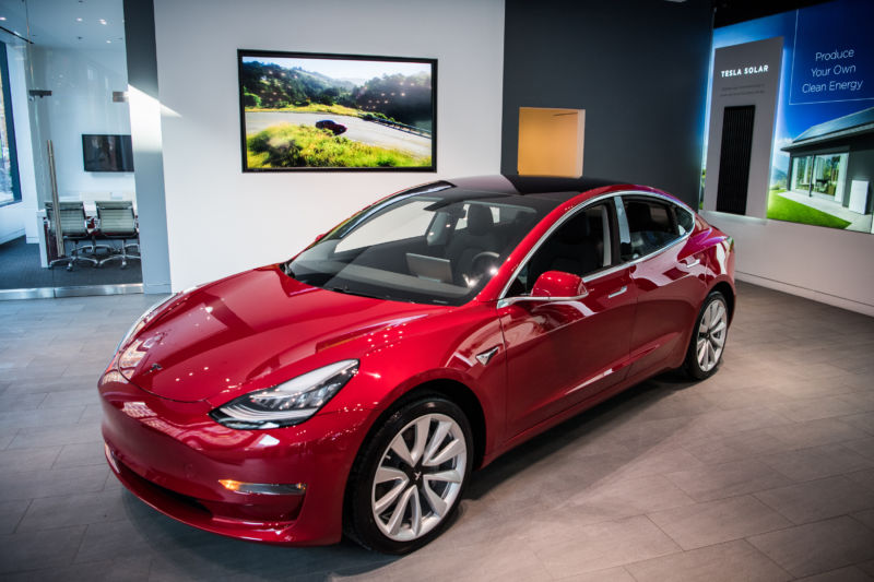 Dual motor tesla model 3 can sprint to 100 km h in 3 6 seconds for Tesla model 3 dual motor