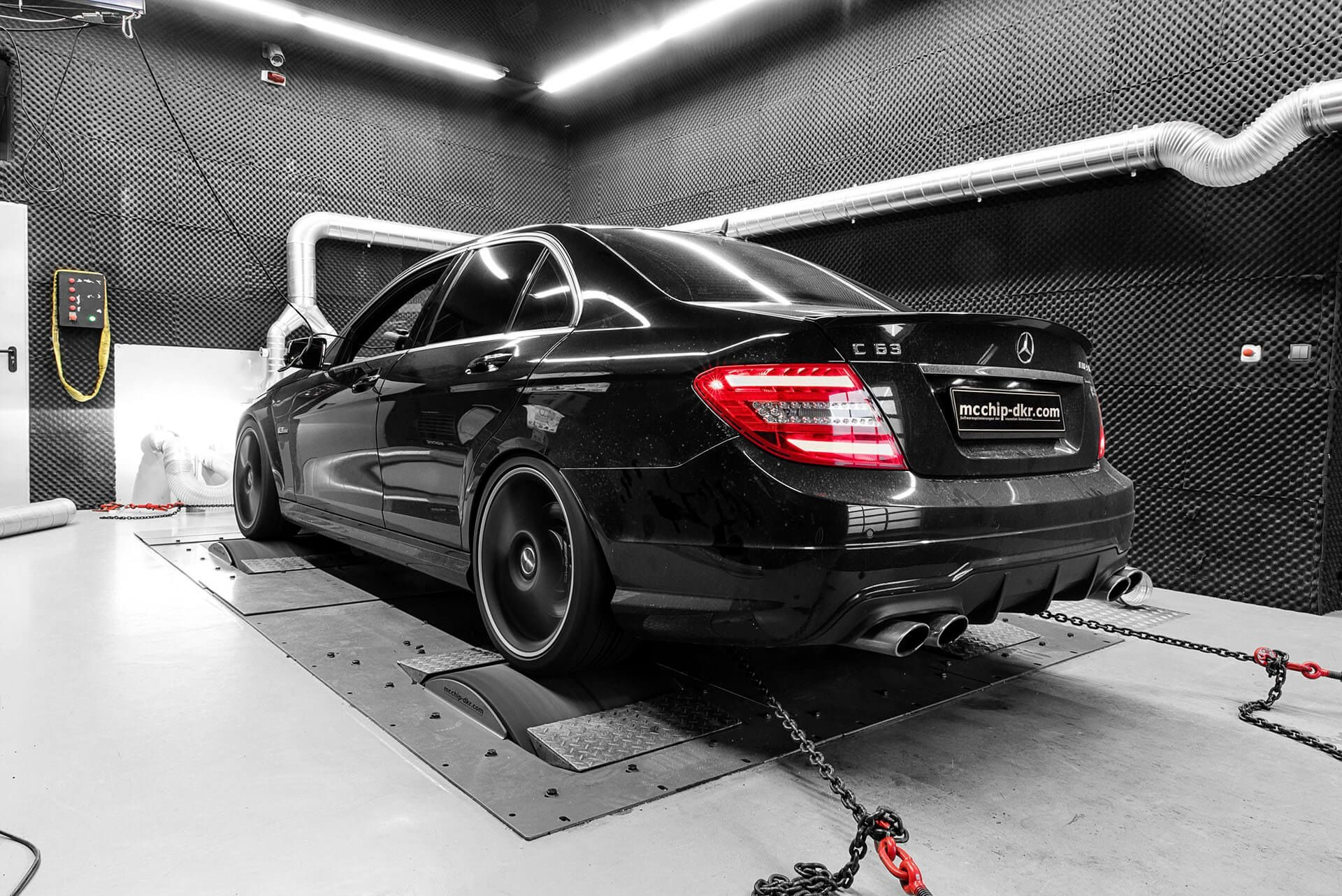 McChip-DKR Will Crank Your Old Mercedes C63 AMG To 818 HP