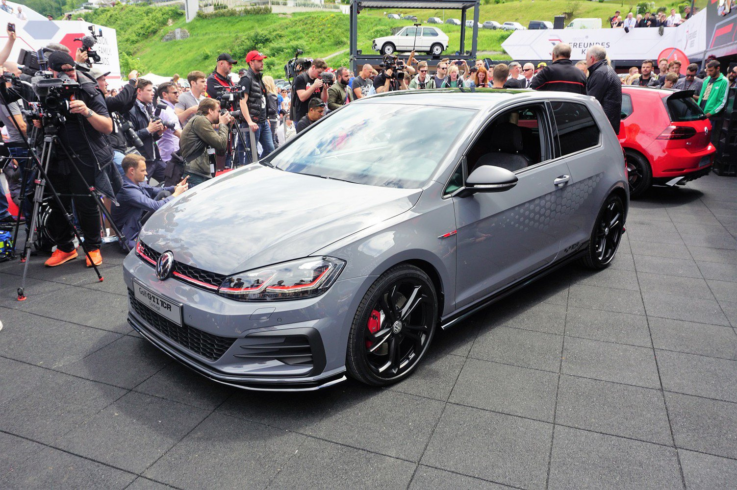 volkswagen golf gti tcr confirmed for south africa. Black Bedroom Furniture Sets. Home Design Ideas