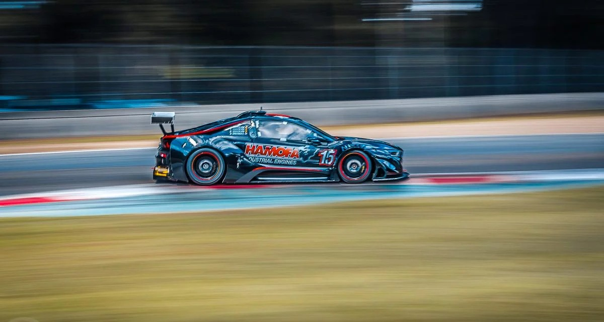 Bmw I8 Gtr Silhouette Racer Packs A Glorious V8