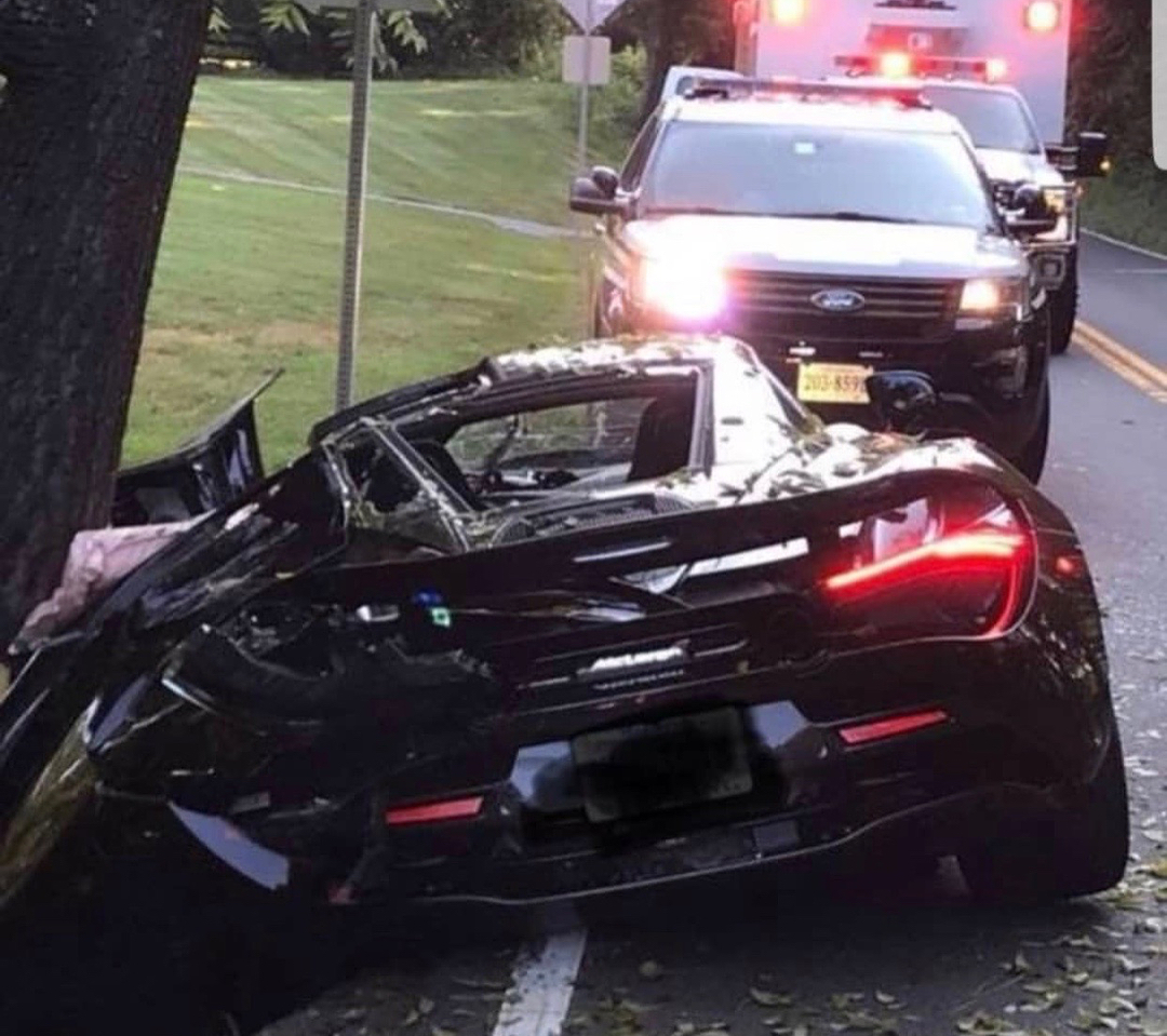 One Day Old McLaren 720S Crashed and Totaled In Virginia USA