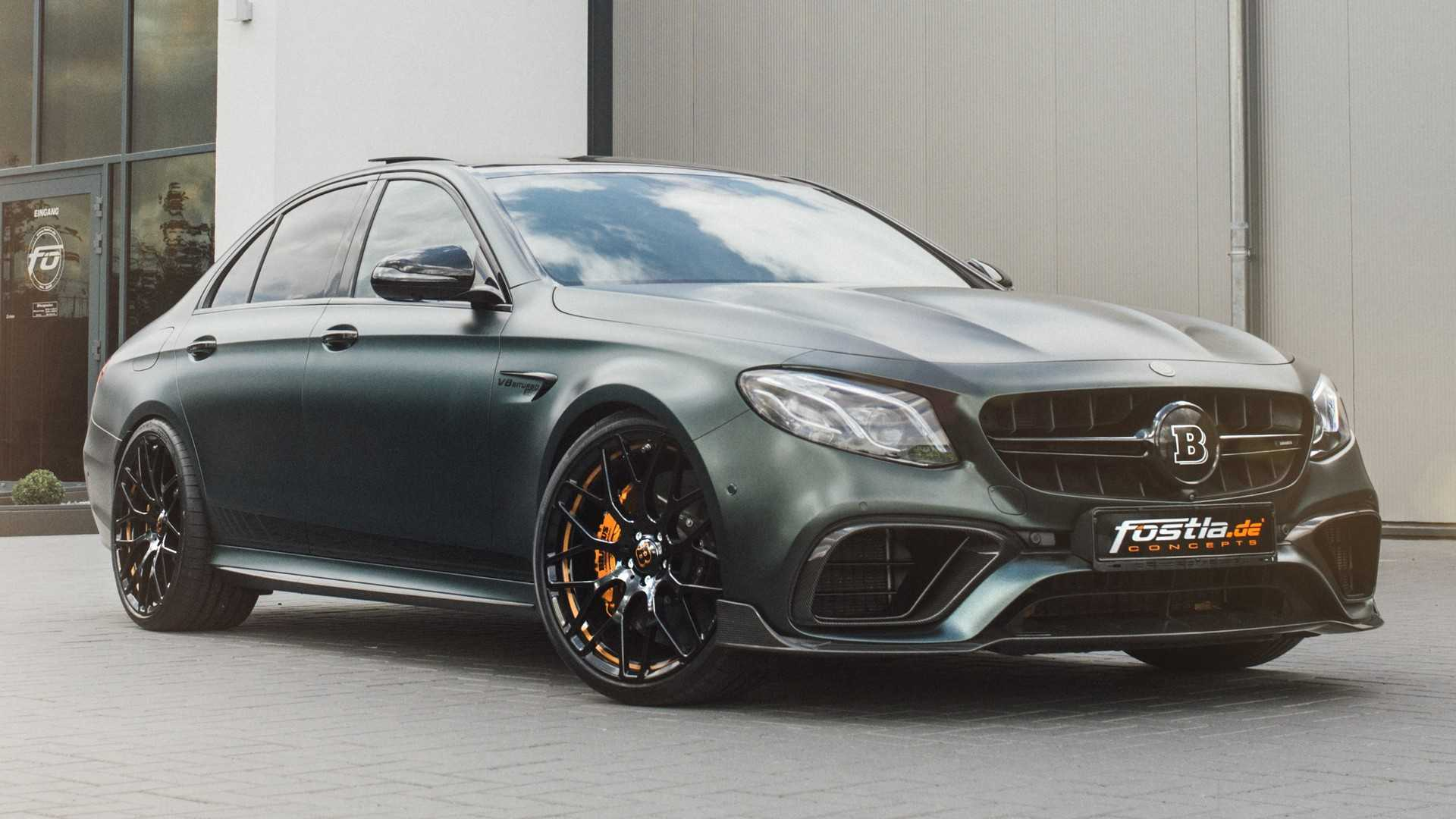 mercedes amg e63 by brabus is a 1 000 nm beast. Black Bedroom Furniture Sets. Home Design Ideas