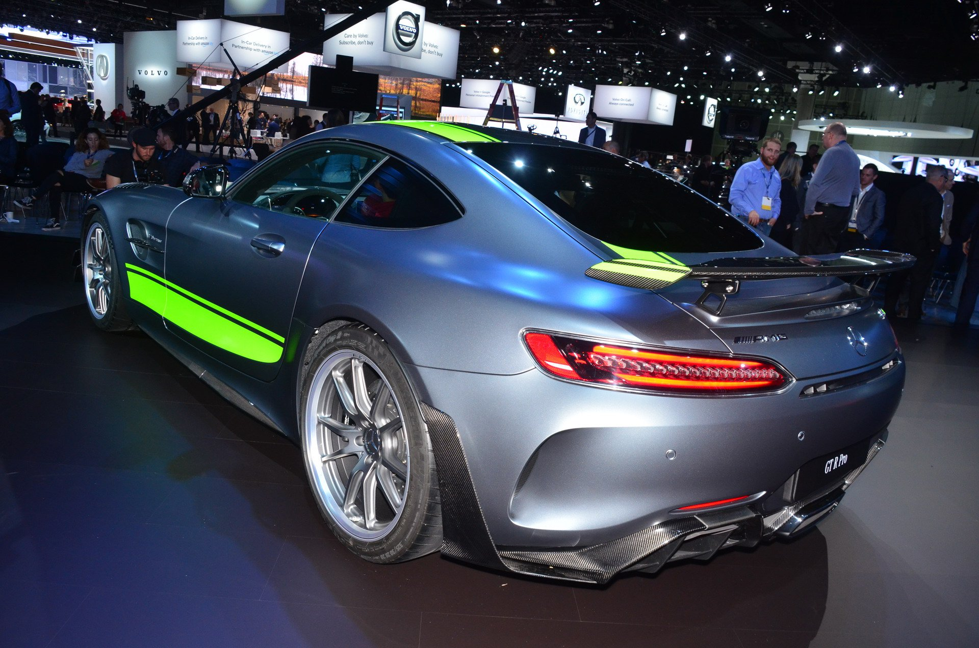mercedes amg gt r pro headlines new gt range. Black Bedroom Furniture Sets. Home Design Ideas
