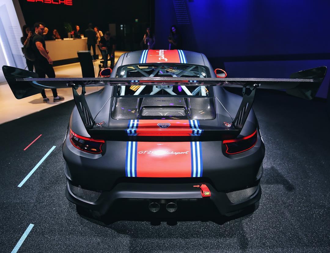 Porsche Reveals Limited Run Track,Only 911 GT2 RS Clubsport