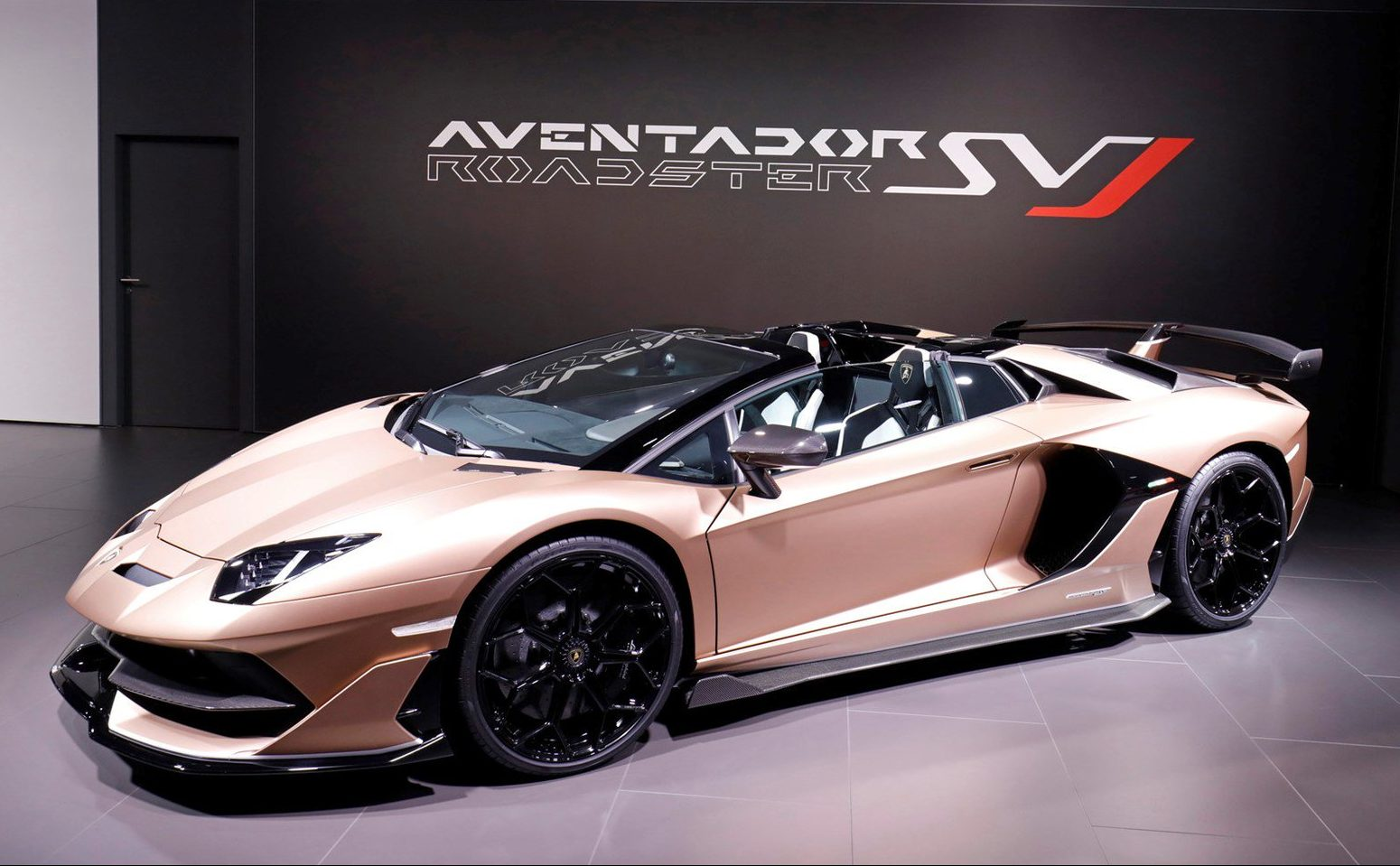 Lamborghini Aventador Svj Roadster Pricing For South Africa