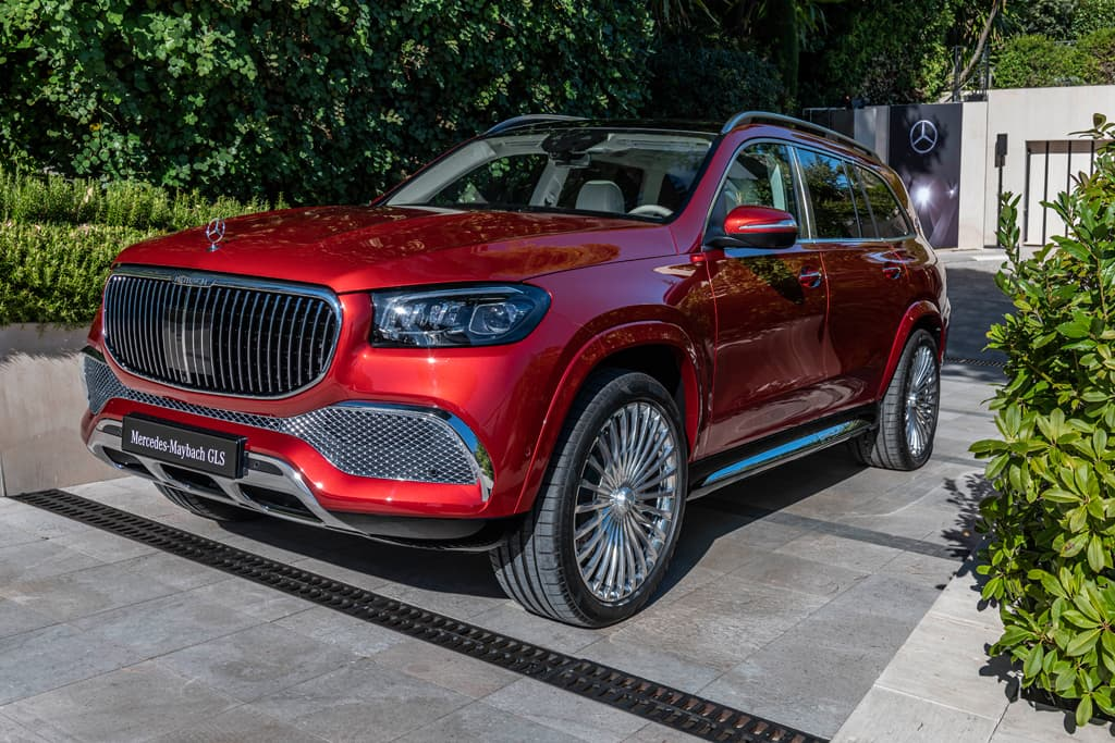 Luxurious V8 Powered Mercedes Maybach Gls 600 Revealed