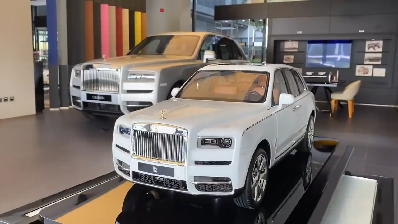 Supercar Blondie Details The R700k Rolls Royce Cullinan Scale Model